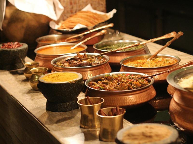 https://www.leonardooliveoil.com/blog/wp-content/uploads/2015/06/Indian-cooking-with-Olive-oil.jpg