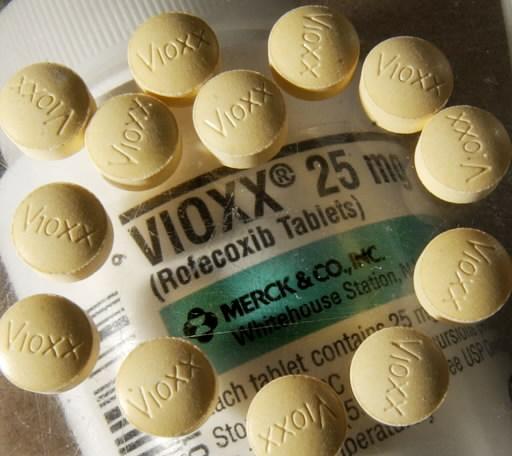 vioxx img src: http://blog.cleveland.com/business/2008/03/vioxx.jpg