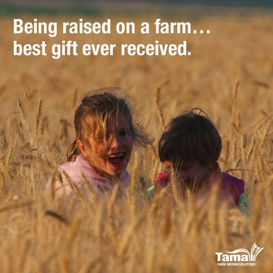 Raising kids at farm Img: https://goo.gl/2B8kpQ