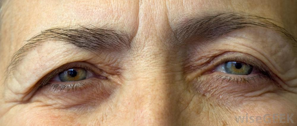 close-view-of-older-womans-eyes